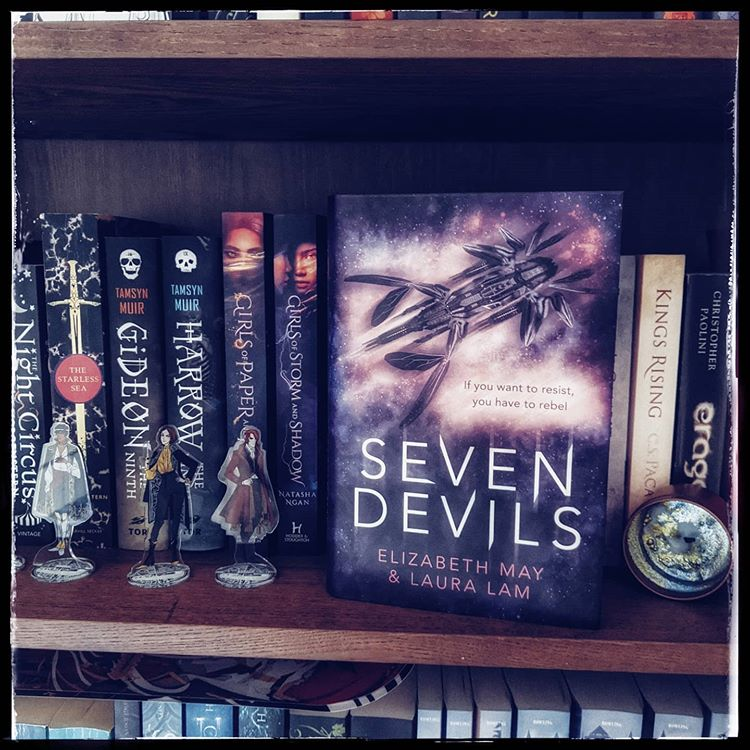 seven-devils-by-elizabeth-may--laura-lam